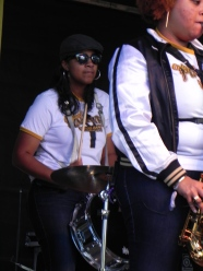 Pinettes Brass Band feel the beat